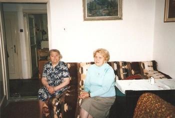 Teta 90 a maminka