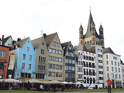 Repliky původních domů na Fischmarkt