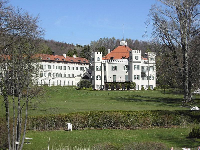 Soubor:SchlossPossenhofen01.jpg